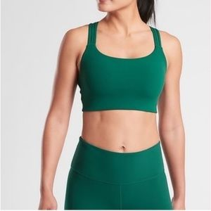 NWT Athleta Hyper Focused Bra Green